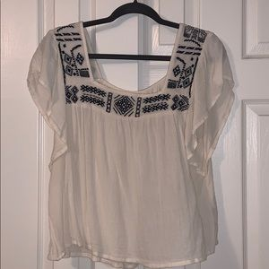 Hollister short sleeve embroidered top